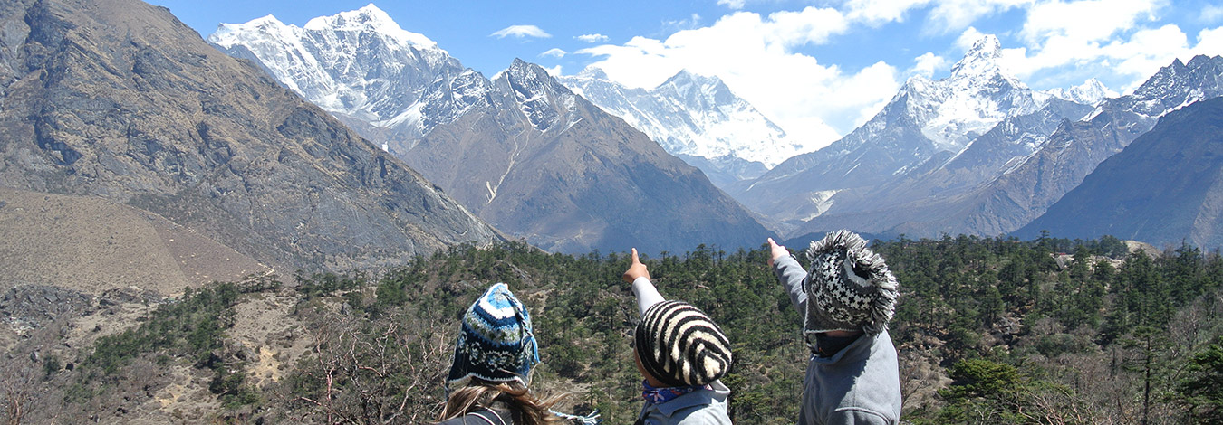 Showing Everest from Syangboche viewpoint