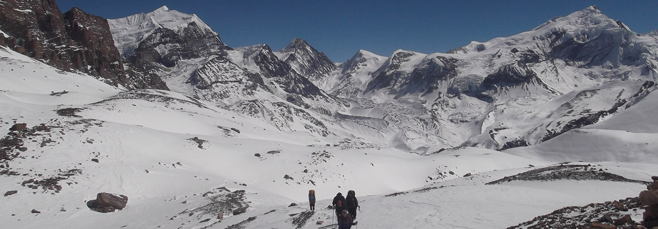 View from Thorangla top